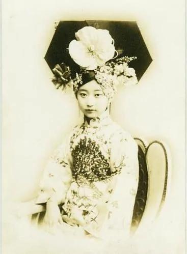 老照片:揭秘清末皇族少女誰是最美麗的格格(組圖)