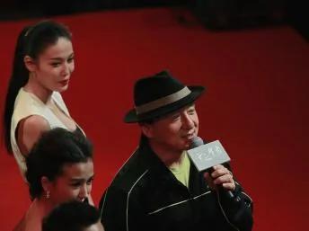"""成龙2012年12月5日在上海参加新片""""十二生肖""""宣传活动时称应当限制港人游行自由。"""