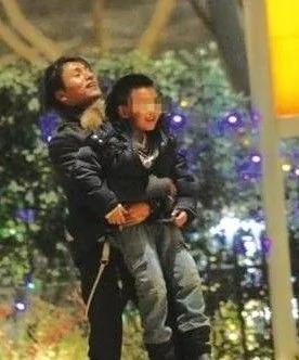 陈坤为11岁儿子庆生送寄语:别学你爸卖萌(组图)