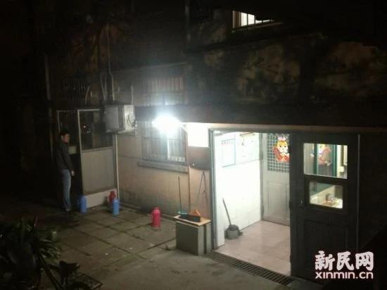 图说:图为复旦大学上海医学院寝室楼新民网萧君玮摄
