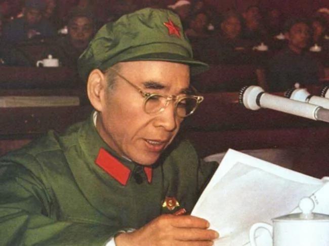 只为权力 林彪到死也没亮出自己观点 不照面打暗拳
