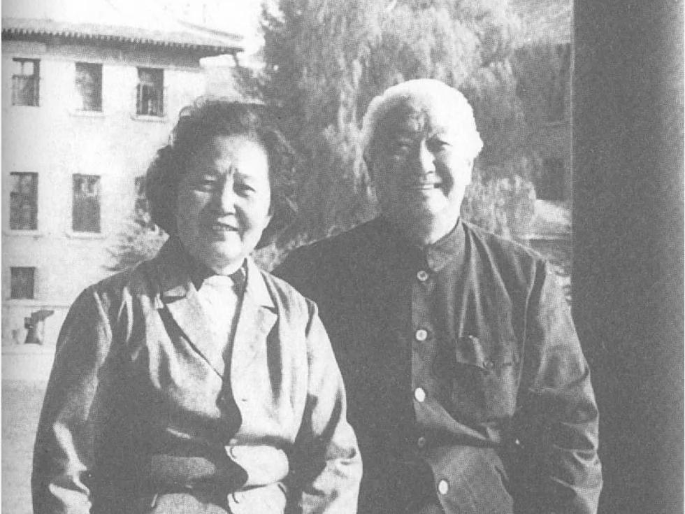 李志绥回忆录曝光毛泽东死前重要细节 张玉凤放声嚎哭