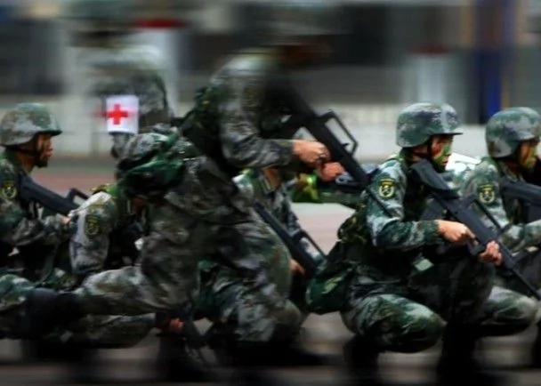 白非:做大軍委辦公廳打造現代軍機處