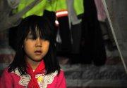 """福州女孩遭父母先后抛弃 女孩称""""有啥好找的"""" 组图"""
