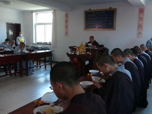 佛教「過午不食」暗含10個養生作用