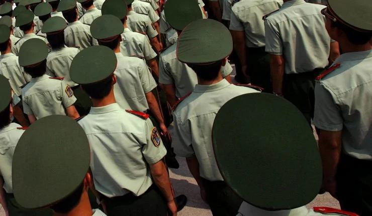 外媒:中国将军不是钻研兵法而是沉迷于享乐