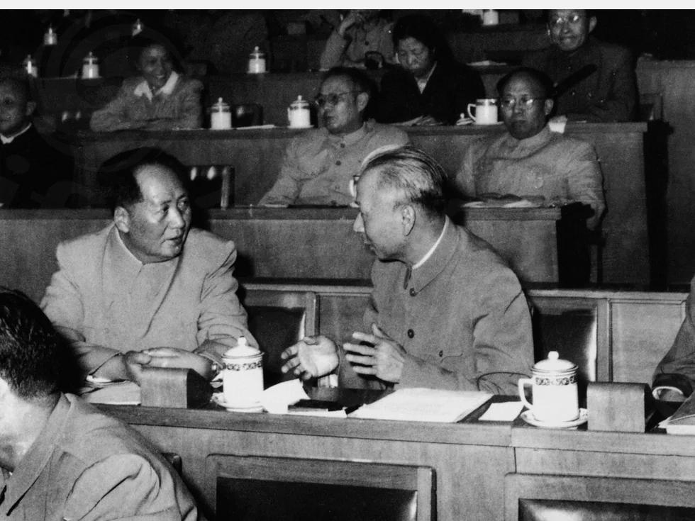 曾志回忆毛泽东为刘少奇办的鸿门宴