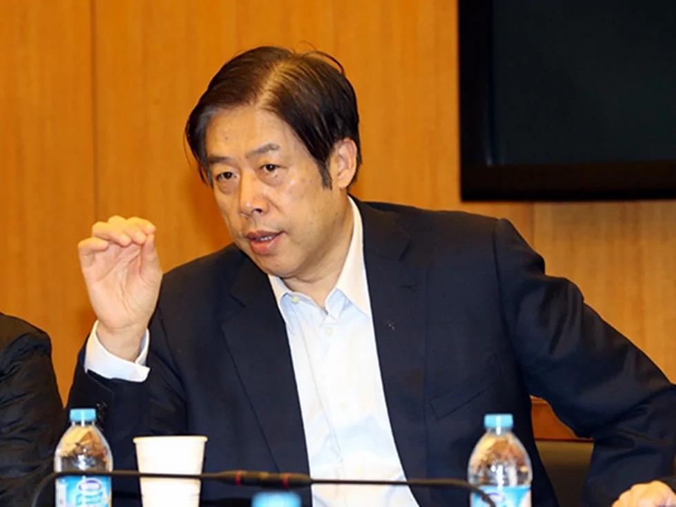 争鸣杂志:江泽民长子侄子是1.2万亿招沽案幕后黑手(图)