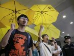 外媒 两名迥异的人访问华府:中共领导人和他十几岁的对手