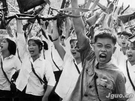 红卫兵忆文革武斗:谁也不知能活到哪一天