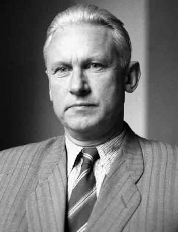 """因""""秘密报告""""而自杀的苏联作家法捷耶夫"""