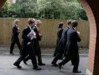 英媒:中国富人子弟涌入威胁英国私校未来 组图