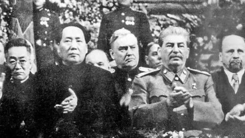 斯大林秘密化驗毛澤東糞便後 決定與毛簽協議(圖)