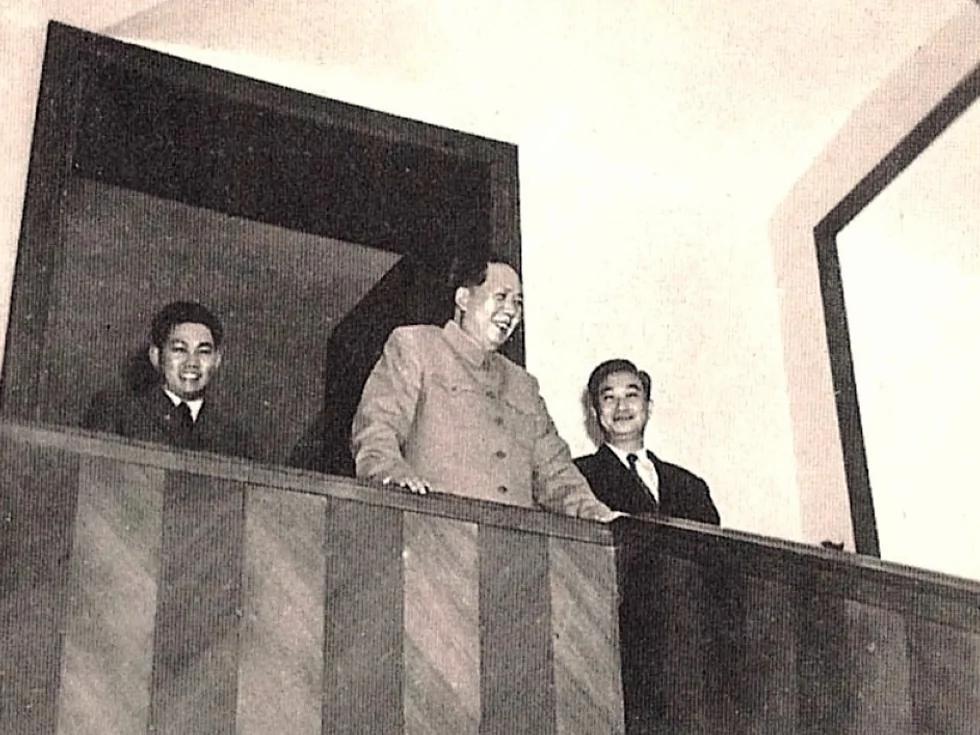 李志绥曝光政治局传言:毛泽东是被害死的