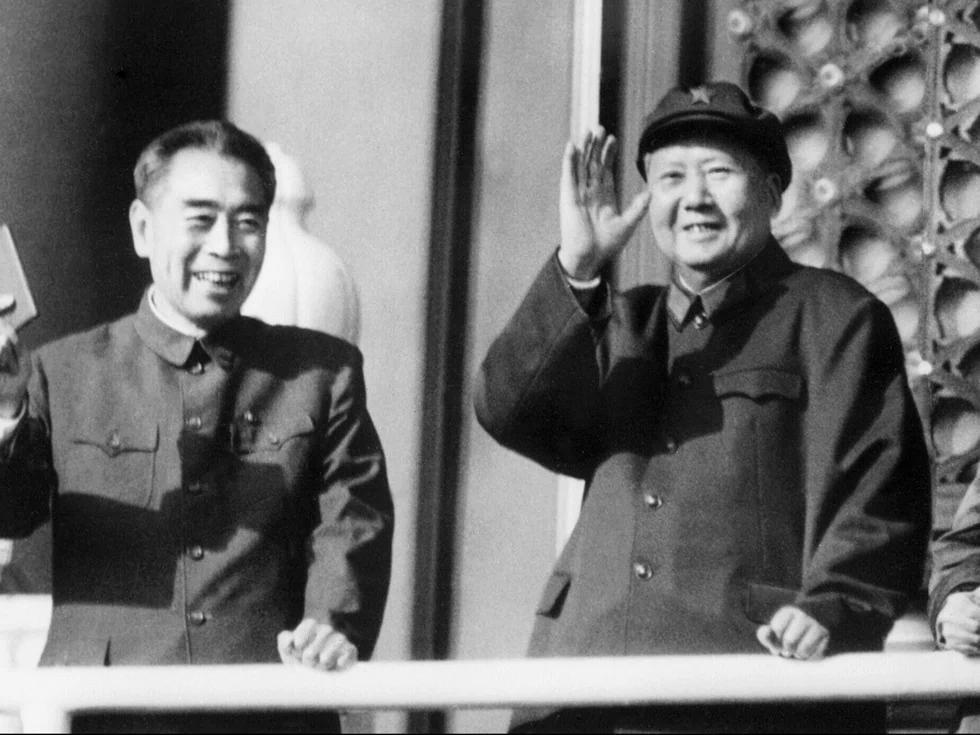 周恩来与毛泽东最后一次冲突后被完全驯服(图)