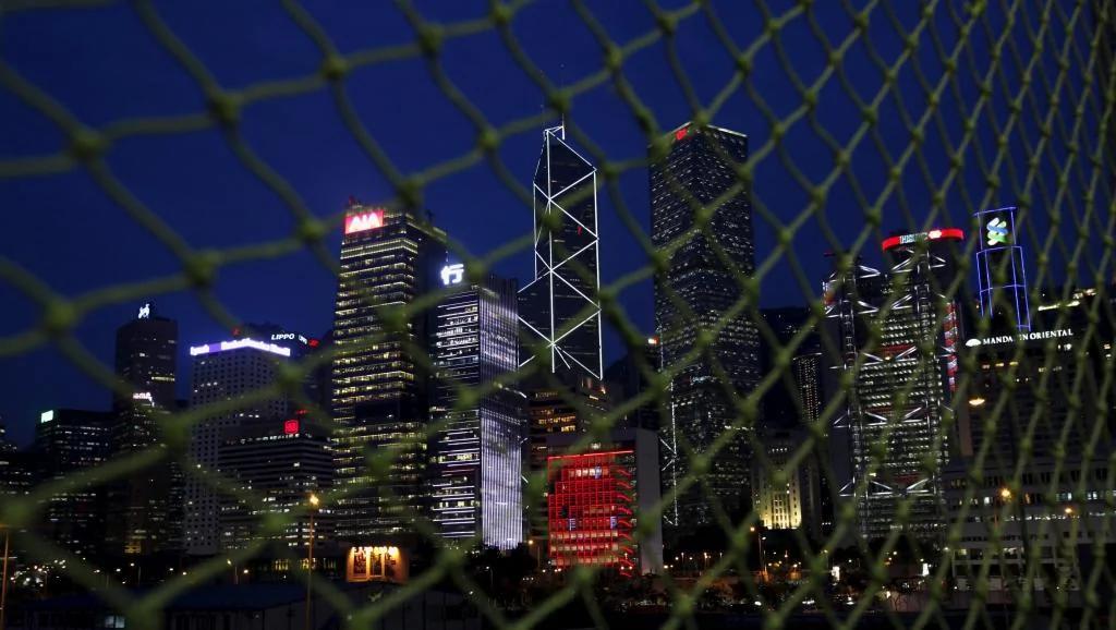 警钟:逾四成港人欲迁离 高沪星一倍 图