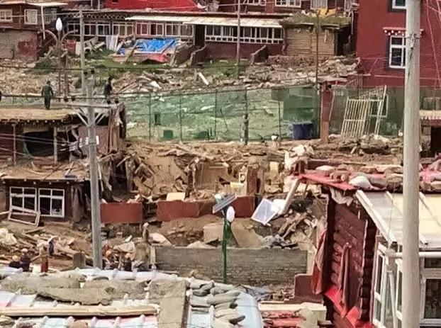 中国军警强拆色达寺 海外西藏人权组织吁施压中国 图