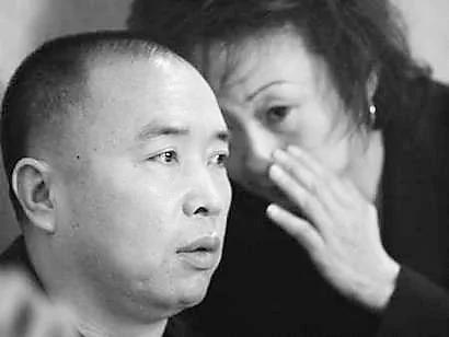 朱镕基反腐惨败于江泽民 外媒披露赖昌星通天被公安部长称探长