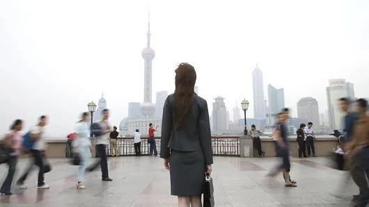 桥水基金:中国正经历信贷周期的破灭 如何应对将至关重要