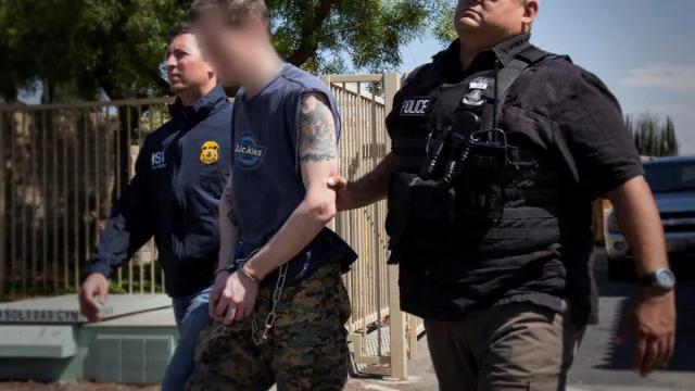 重磅:三中国人被捕 美政府抓人权恶棍计划号召举报 组图
