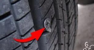 超重要 轮胎不小心扎到钉子 最安全的做法 图