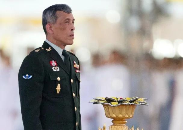 泰王驾崩:他信或趁机回国 恐爆宫廷斗争 图
