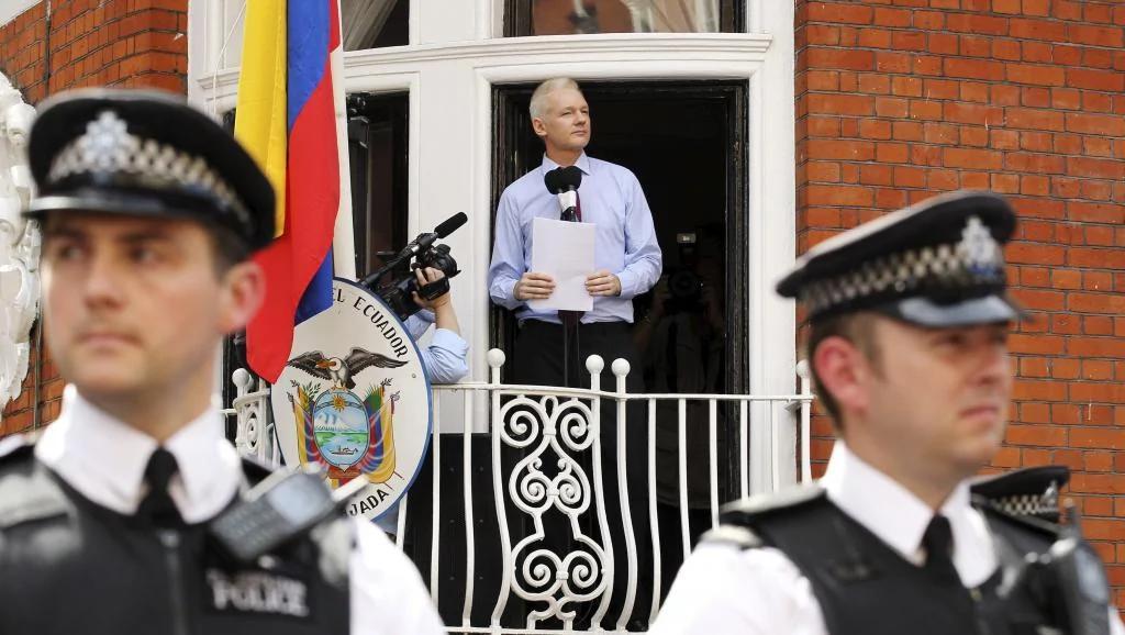 厄瓜多尔宣布切断了阿桑奇的互联网接入 图