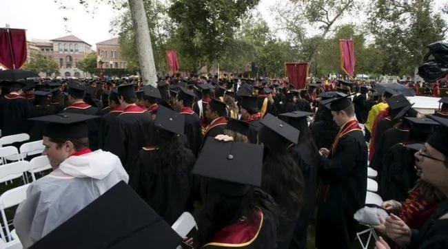 外媒:美国大学受留学机构贿赂 3万上名校 图