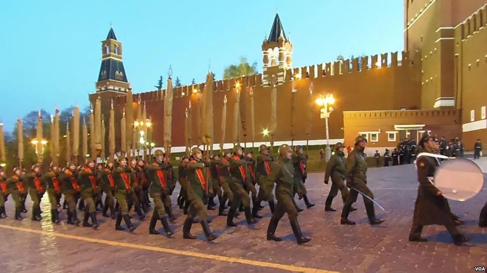 共产党纳粹勾结发动二战 波兰和乌克兰发表联合声明谴责