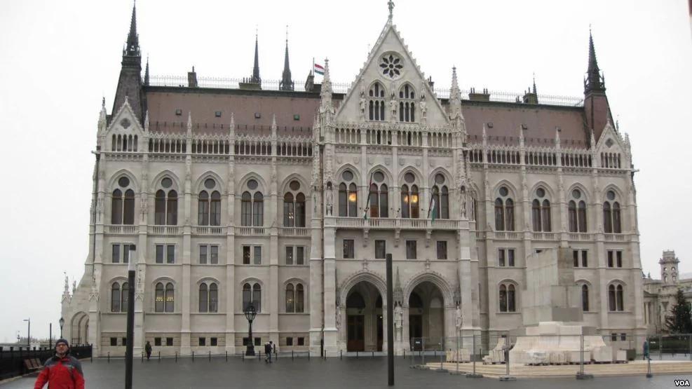 匈牙利起义60年影响深远 中共开始反右 图