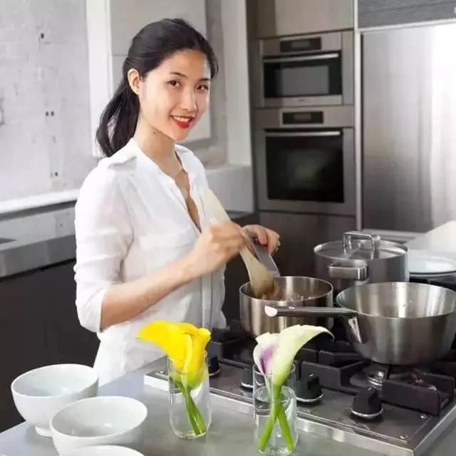 华裔美女3年打造800道菜 成纽约最红素食名厨 图