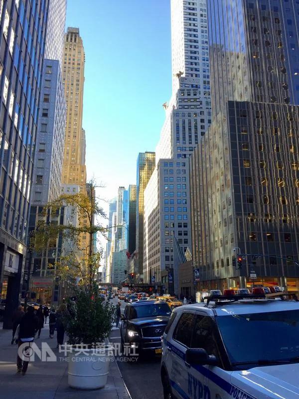 美两党胜选之夜皆在曼哈顿 百年首见 组图/视频