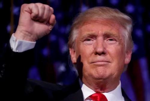 美国共和党总统候选人川普(图)9日击败对手希拉里.克林顿当选总统,他在纽约发表胜选感言表示,将愈合分裂伤口,誓言担任所有美国人的总统。(路透社提供)