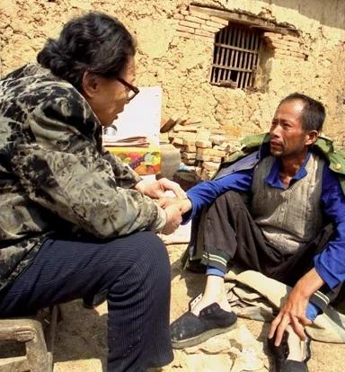 高耀洁:河南官员掩盖艾滋疫情 吴仪李克强都受骗
