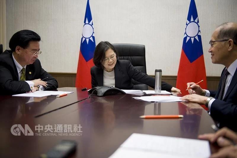 蔡总统川普通话 谈强化国防与国际参与