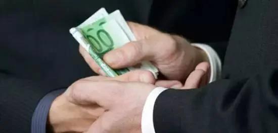 万万没想到 中共贪官竟然喜欢在这几个地方收钱!