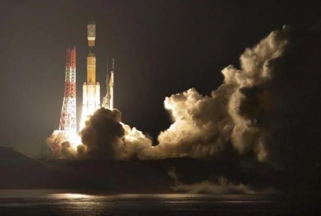 日本发射货运飞船 试验清除太空垃圾