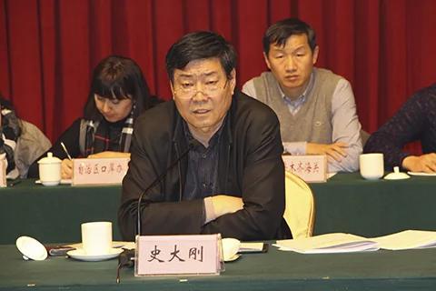 张春贤老巢起火 新疆两名副主席调离多名官员被查