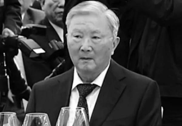 前政法委书记罗干意外缺席十九大 其家族的犯罪事实被百度解禁