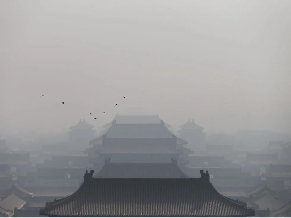 浓霾致死谣翻北京?微距镜头拍摄北京阴霾疯传网络