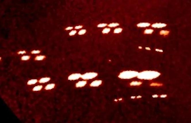 NASA卫星拍到庞大外星舰队环绕太阳!