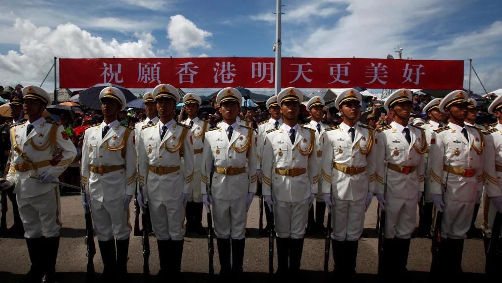 中国军事管研所副所长建议让港人参军促进人心回归