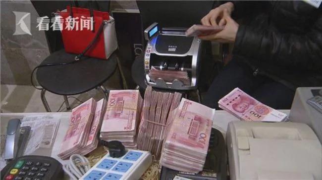 厉害了我的姐 上海阔太拖500万现金血拼 营销还是洗钱