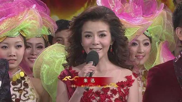 举世聚焦中国最大的丽春院 如此特殊 天妒红颜…与蓝颜?