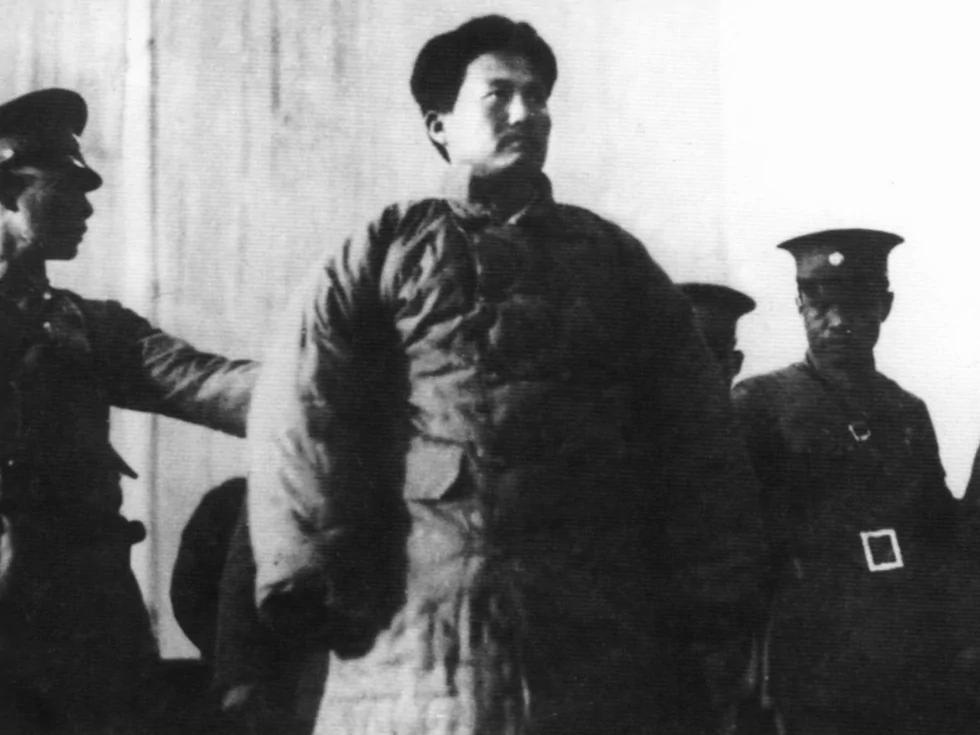 1935年2月7日,方志敏被押至南昌豫章公园示众