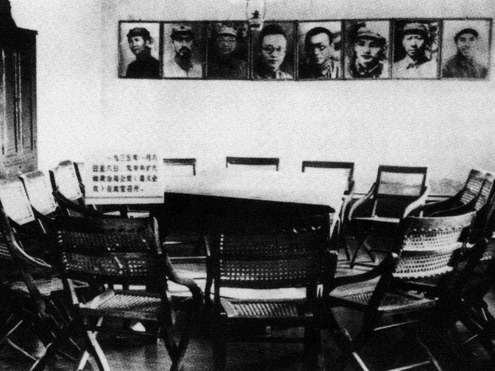 遵义会议 张闻天并非挂名虚位 毛泽东被分工当助手