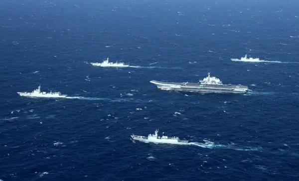 中共军舰是纸老虎?美海军中将暗批:弱爆了
