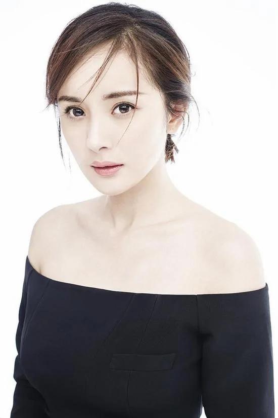 潮妈!杨幂时尚影响力获外媒认证排行榜第一