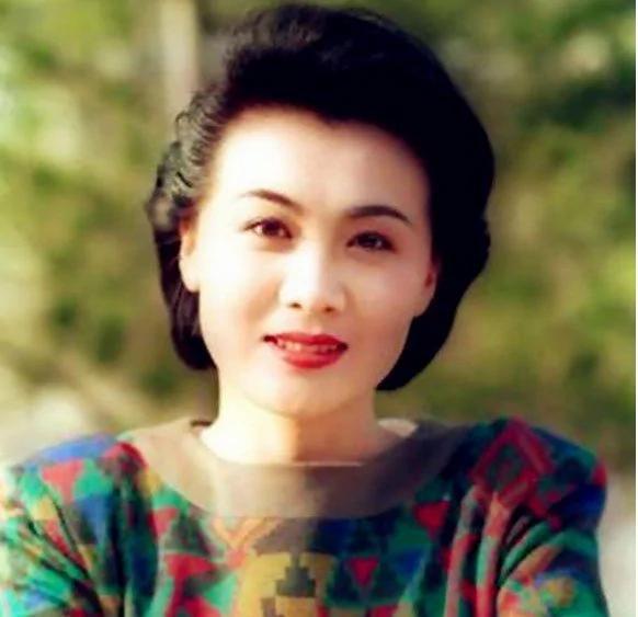 陈道明夸好演员 80年代最美女演员40岁去世