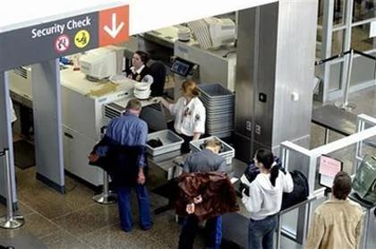 中美海关加强行李检查 华人集中航站成严查对象